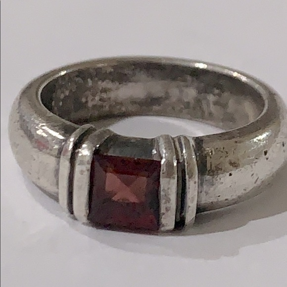 Ambros Paris 925 Sterling Silver Garnet Ring